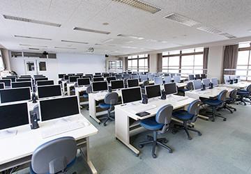 普通科コンピュータ室